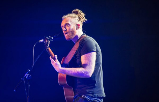 Newton Faulkner @ The Symphony Hall, 30th March 2017