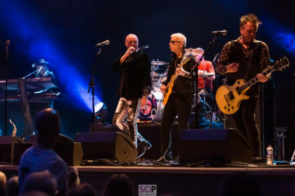 Holy Holy – Tony Visconti and Woody Woodmansey @ Town Hall, 13 February 2019