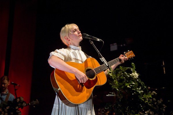 Laura Marling 01